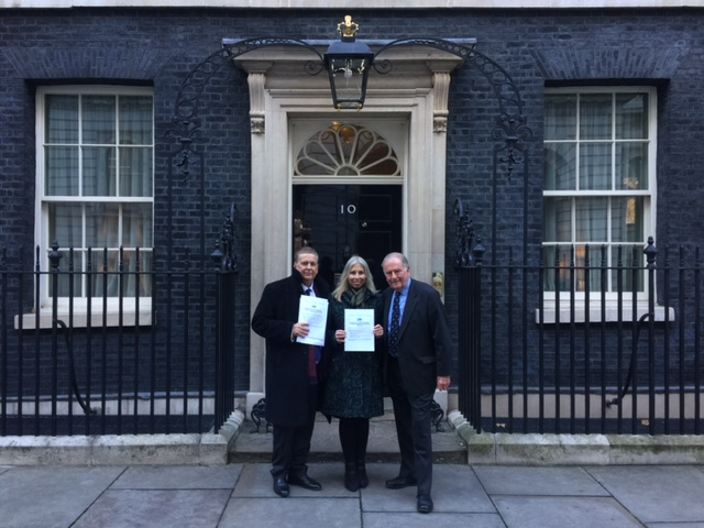no10 pic conservative animal welfare foundation sir roger gale